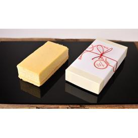 蜂蜜でチーズの風味にコクを、メレンゲでしっとりとした食感を加えました。