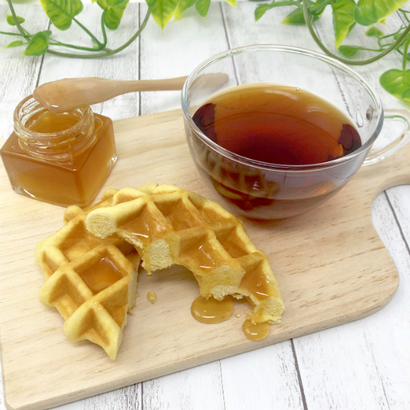 【送料無料・3月中のご注文の方限定10%OFF】甘さ控えめハニーワッフル&純みつ・紅茶セット02