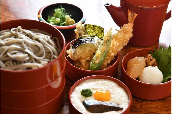 打ち立て生そばのお取り寄せなら 京都大幸寺胡麻切り蕎麦 そばよし